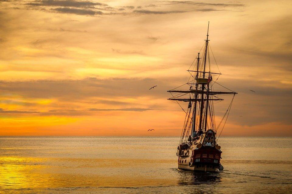 Нельзя плыть на корабле и ссориться с корабельщиком (лакская)